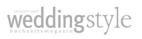 Freie Trauung der Rednerin und Trautante Friederike Delong auf weddingstyle