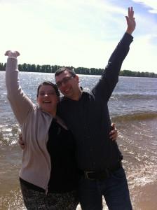 Heiratsantrag der Trautante an der Strandperle in Hamburg
