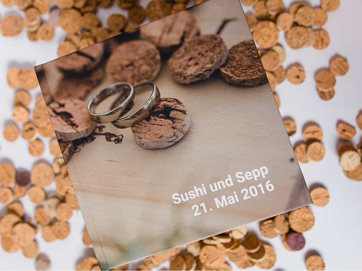 Buch zu freien Trauungen mit der Trautante Friederike Delong Cover von außen