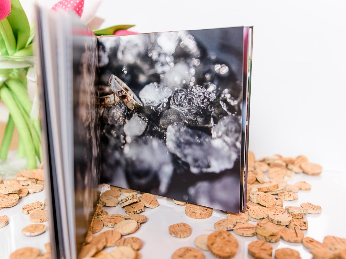 Buch zu freien Trauungen mit der Trautante Friederike Delong innen