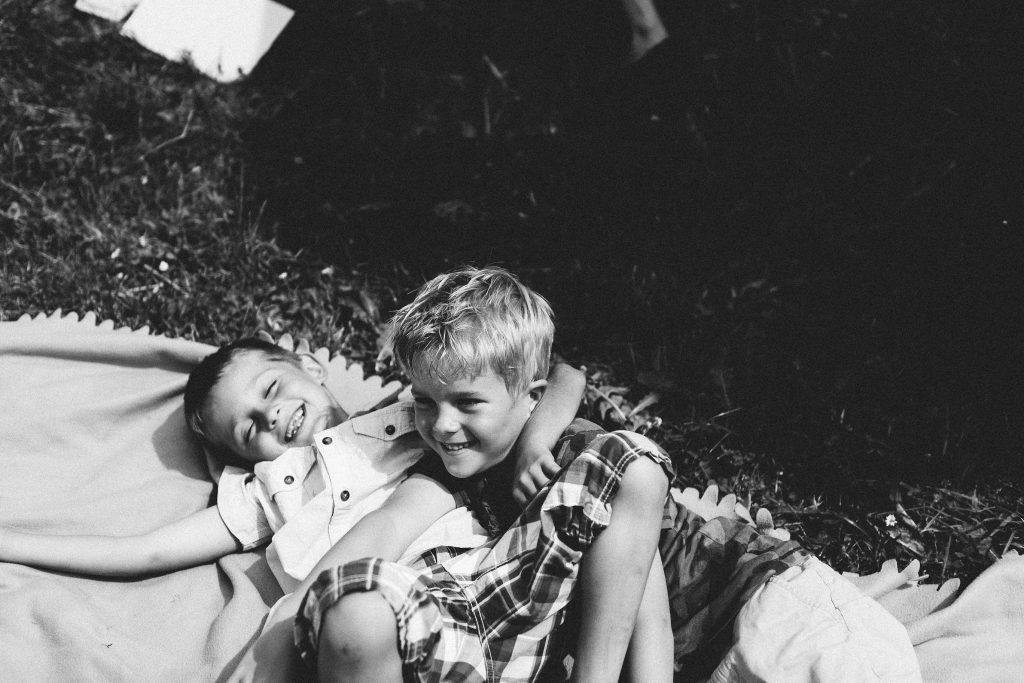 kinder in einer freien trauung mit friederike delong, der trautante von ines njers